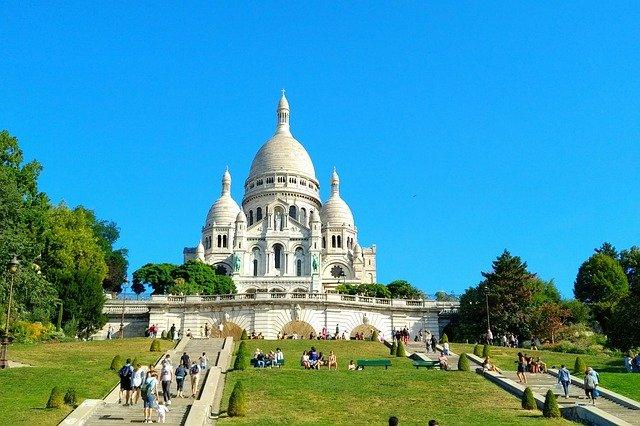 paris-4107045_640
